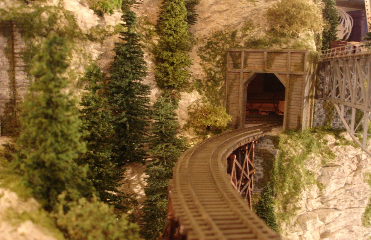 Build Custom Model Railroad Model Scenery Amp Structure