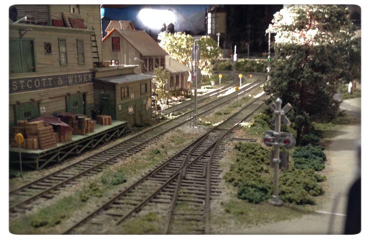 Model railroad structure techniques