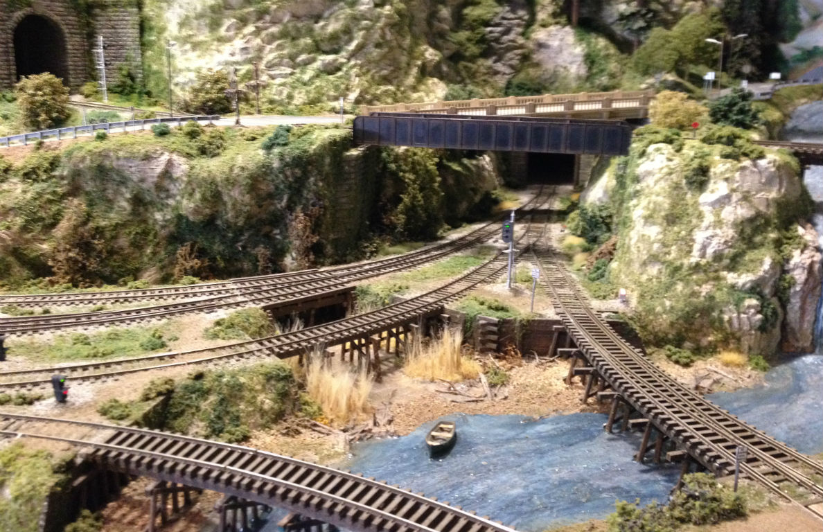 Great Canadian Model Railroad: Dave Chomyns Quintette